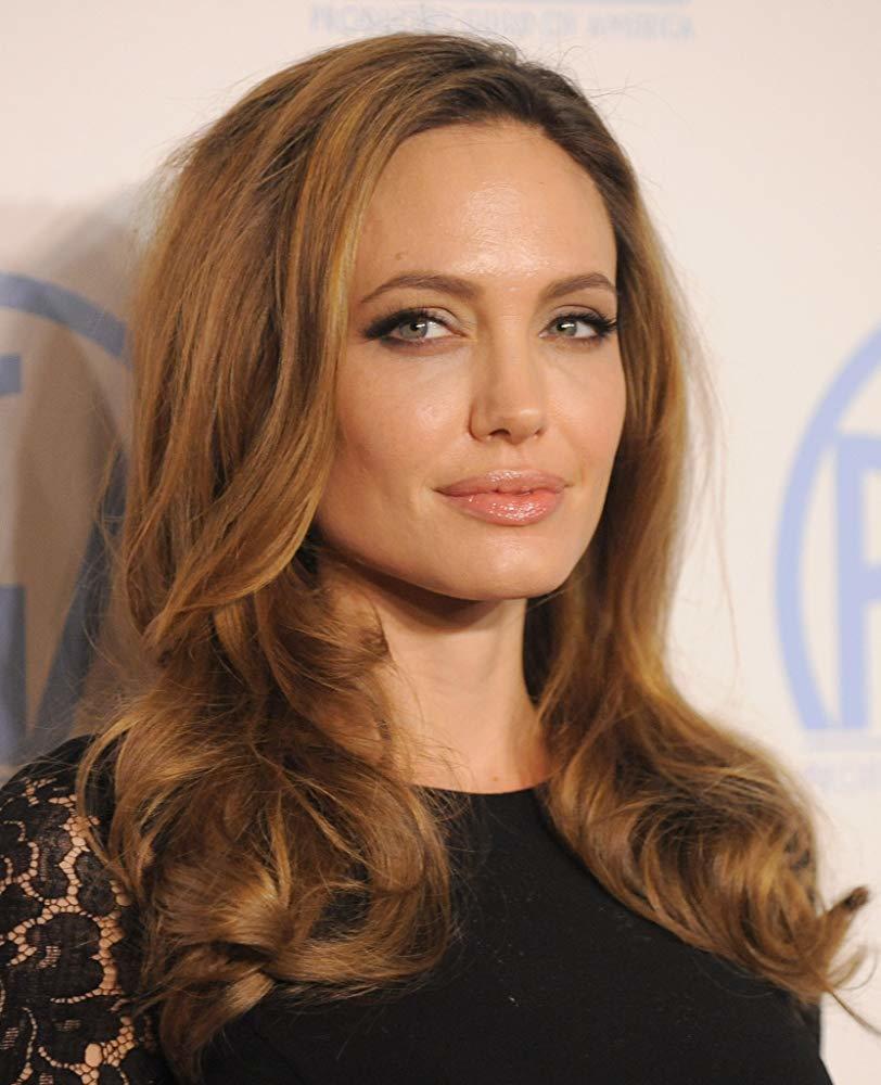 Angelina Jolie trở lại màn ảnh sau 2 năm gián đoạn vì chia tay Brad Pitt