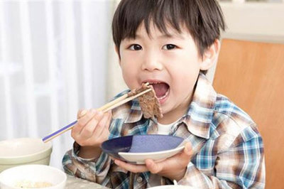 Trẻ hết biếng ăn nhờ 5 nguyên tắc vàng của mẹ Nhật