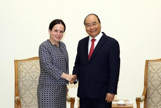 PM hopes to lift Vietnam-Romania trade on par with potential