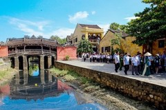 Hoi An to limit tourist access to 400-year-old Cau Bridge