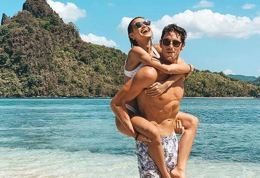 Mỹ nhân Philippines và chuyện tình đẹp với kình ngư cao 1,96 m