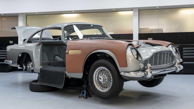 Siêu xe Aston Martin 3,5 triệu USD của James Bond bắt đầu sản xuất