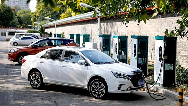 80% hãng xe điện Trung Quốc sẽ phá sản?