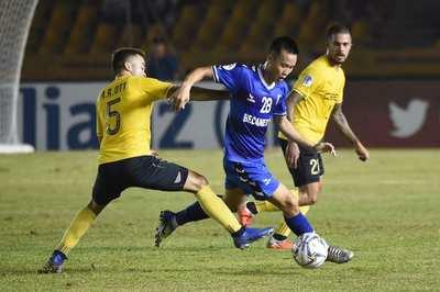 B.Bình Dương vào bán kết AFC Cup khu vực ĐNÁ nhờ tuyệt phẩm