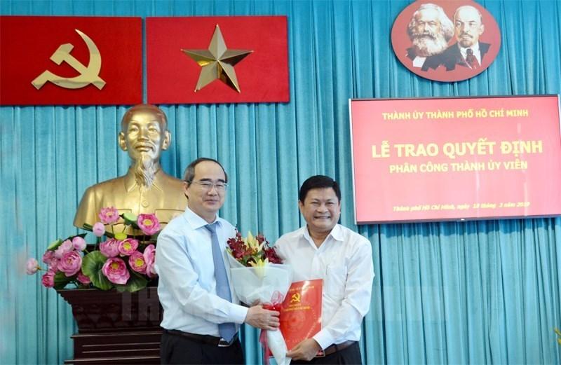 Thủ tướng phê chuẩn miễn nhiệm Phó Chủ tịch UBND TP.HCM