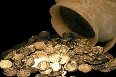 Làm mất kho báu cổ, Bộ Tài chính phải đền hơn 700 triệu đồng