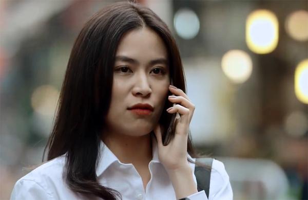 'Mê cung' tập 8: Hoàng Thùy Linh bị bắt cóc trong lúc điện thoại cho bạn trai