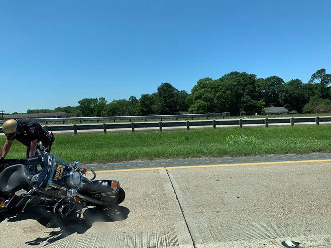 Đoàn xe hộ tống của ông Donald Trump gặp tai nạn