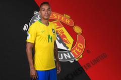 MU giải cứu Danilo, Real ký gấp Neymar