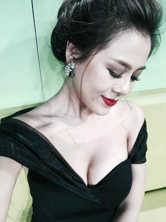 Người đẹp Vũng Tàu được MC Quyền Linh bảo vệ: 'Yêu 6 năm, chia tay trong 3 phút'