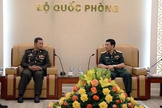 General Staff Chief welcomes Cambodian general in Hanoi