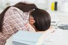 Nữ sinh 18 tuổi bị bệnh tâm thần, cơ thể kiệt quệ khi cố giảm cân