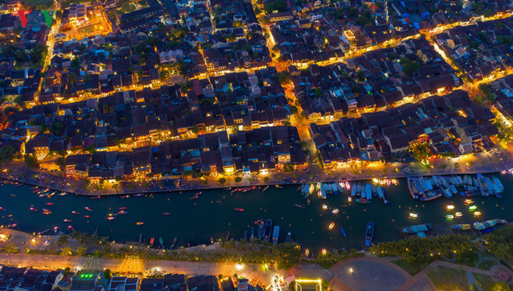 A bird's-eye view of Hoi An gives romantic outlook,travel news,Vietnam guide,Vietnam tour,travelling to Vietnam,Vietnam travelling,Vietnam travel,vn news,vietnamnet news,vietnamnet bridge,Vietnam breaking news,Vietnamese newspaper,Vietnam latest news,Viet