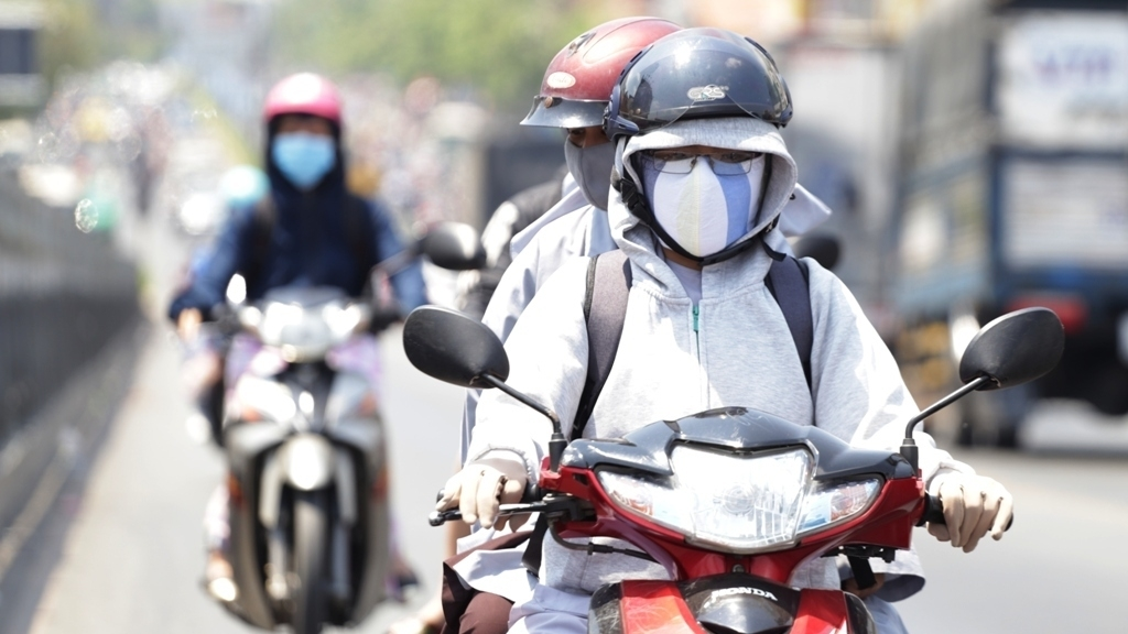 Vietnam bakes in new heatwave as temperatures hit 40C