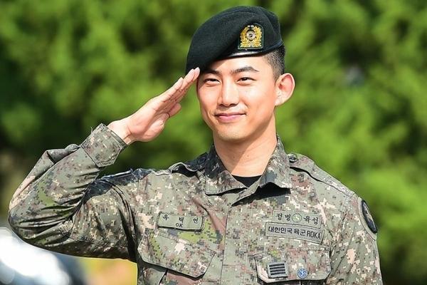 Nghệ sĩ của YG bị  'tấn công' dồn dập về scandal của Seungri