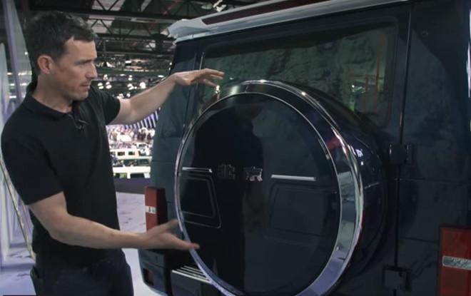 Xe Trung Quốc nhái Mercedes G-Class, giống cả tiếng đóng cửa