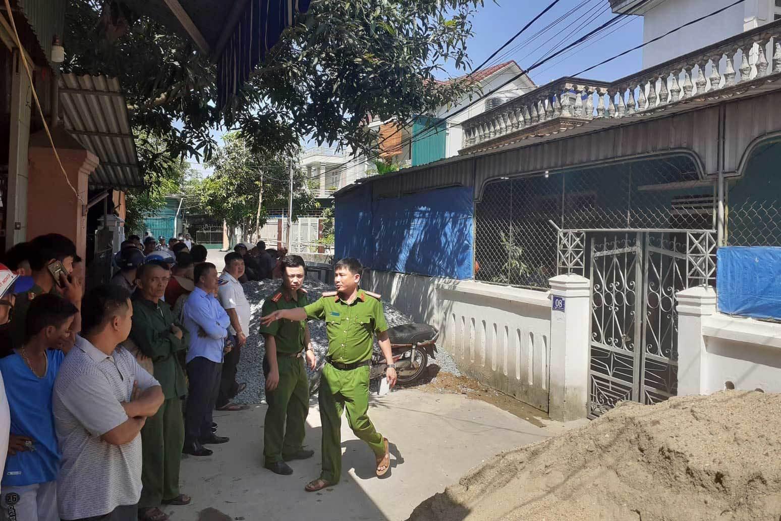 Cứa cổ vợ rồi tự sát ở Hà Tĩnh: Chồng là người trầm tính