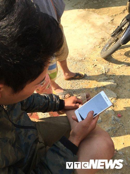 Lạ Tuyên Quang: Cả làng vào rừng đào củ đắt như vàng ròng, 300 triệu/kg