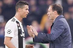 Juventus dứt tình Allegri: Vì Ronaldo là số 1