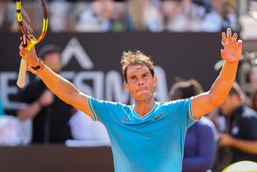 """Nadal """"tốc hành"""" vào bán kết Rome Masters"""