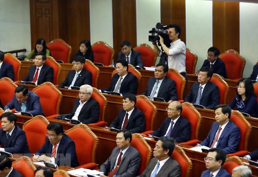 Hình ảnh Tổng bí thư chủ trì bế mạc Hội nghị Trung ương 10 khóa 12