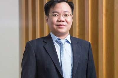 Lửa rực 2 đầu: Hà Nội bắt Bùi Quang Huy, Sài Thành giam Tề Trí Dũng