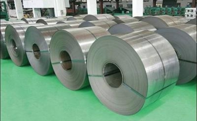 VN steel manufacturers struggle for shelter during tough period