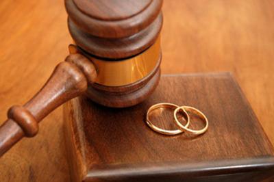 Ly hôn chỉ sau 1 tháng cưới nhau vì thói quen kỳ dị của chồng khi ngủ