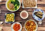 Gợi ý mâm cơm nhà đơn giản cho ngày nóng nực không biết ăn gì