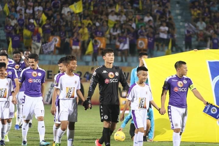 HAGL,Hà Nội FC,Bùi Tiến Dũng,Văn Toàn