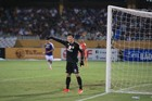 Bùi Tiến Dũng bất lực, Hà Nội thua khó tin Nam Định