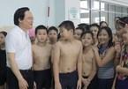 Giáo viên dành 3-5 phút cuối buổi nhắc nhở HS phòng chống đuối nước