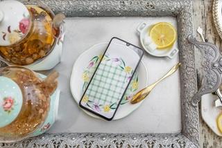 Galaxy A70: có gì ngoài màn hình 'khủng' nhất phân khúc 7-10 triệu?