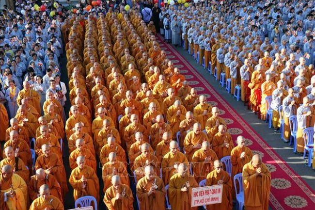 Thousands of Buddhist monks celebrate Vesak Day in HCM City
