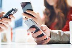 Trường cao đẳng cho sinh viên sử dụng điện thoại trong giờ học