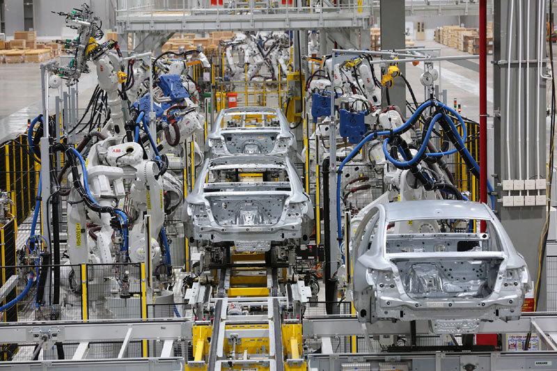 Sản xuất lắp ráp ô tô,nội địa hóa,tỷ lệ nội địa hóa,giá xe ô tô,công nghiệp ô tô,ô tô nhập khẩu,thuế tiêu thụ đặc biệt ô tô,linh kiện ô tô