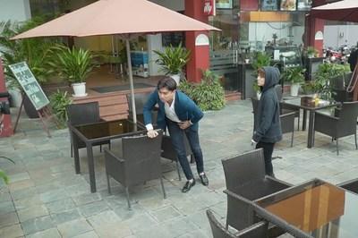 Quốc Trường bị ăn đòn thật khi chạm trán Dương trong tập 27 'Về nhà đi con'