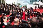 Sự thật nhơ nhuốc về nạn mại dâm, 'đổi tình lấy vai' ở Cannes