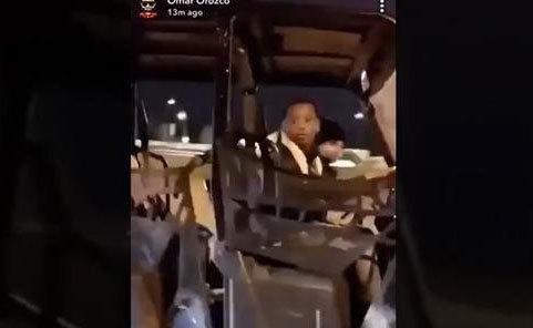 Hai đứa trẻ phóng xe gần 100 km/h trên cao tốc Mỹ