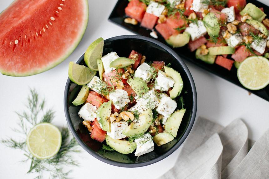 Bí kíp trộn salad thanh mát, dễ làm không cần tỷ lệ cho ngày nóng nực