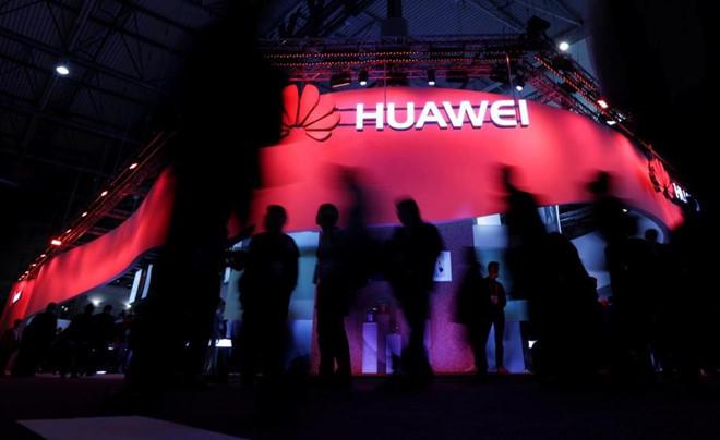 Huawei,điện thoại Huawei,Chiến tranh thương mại Mỹ Trung