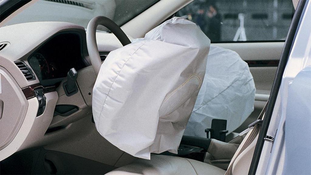 Những điều bạn có thể chưa biết về túi khí trên ô tô