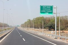 Vietnam's Eastern North-South expressway set for kick-start next April