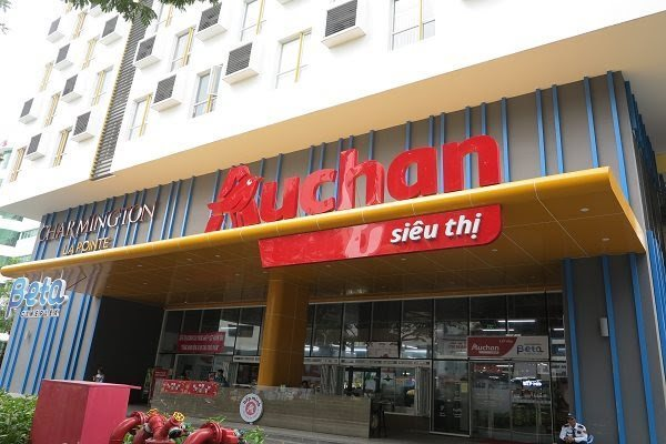 Auchan's three supermarkets in HCMC remain operational