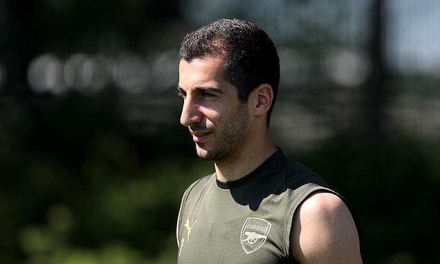 Mkhitaryan lỡ chung kết Europa League vì lý do đáng buồn