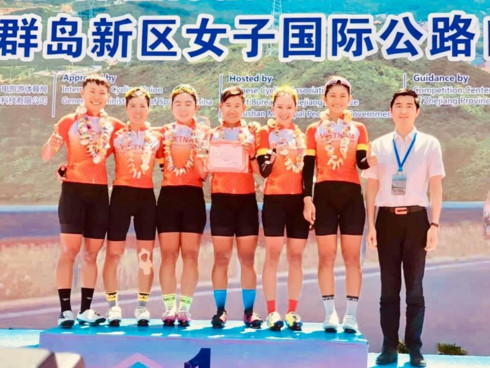 Nguyen Thi That wins first stage in Tour of Zhoushan Island I