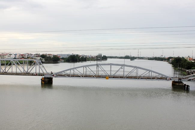 Binh Loi Railway Bridge needs preserving: HCM City Department of Culture
