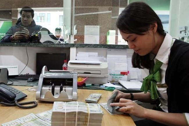 VN Central Bank ready to intervene in forex market