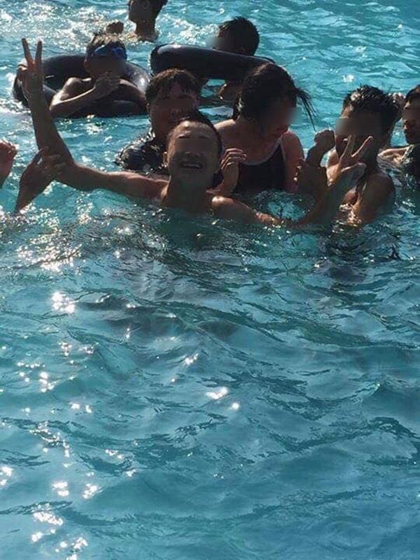 Nhóm thanh niên bị tố sàm sỡ một cô gái giữa bể bơi ở Bắc Giang