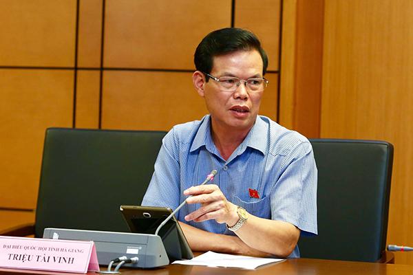Ông Triệu Tài Vinh: Tôi vừa gọi điện yêu cầu kiểm điểm vụ gian lận thi cử